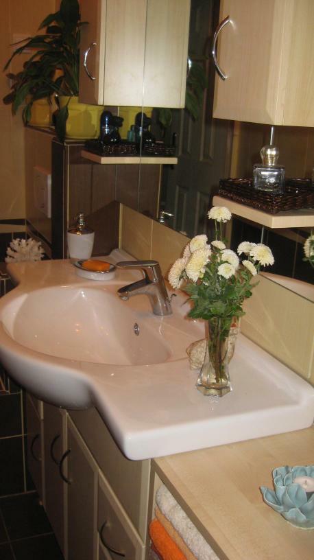 Bájosan elegáns kis fürdőszoba ötletek - Fürdőszoba Titkok