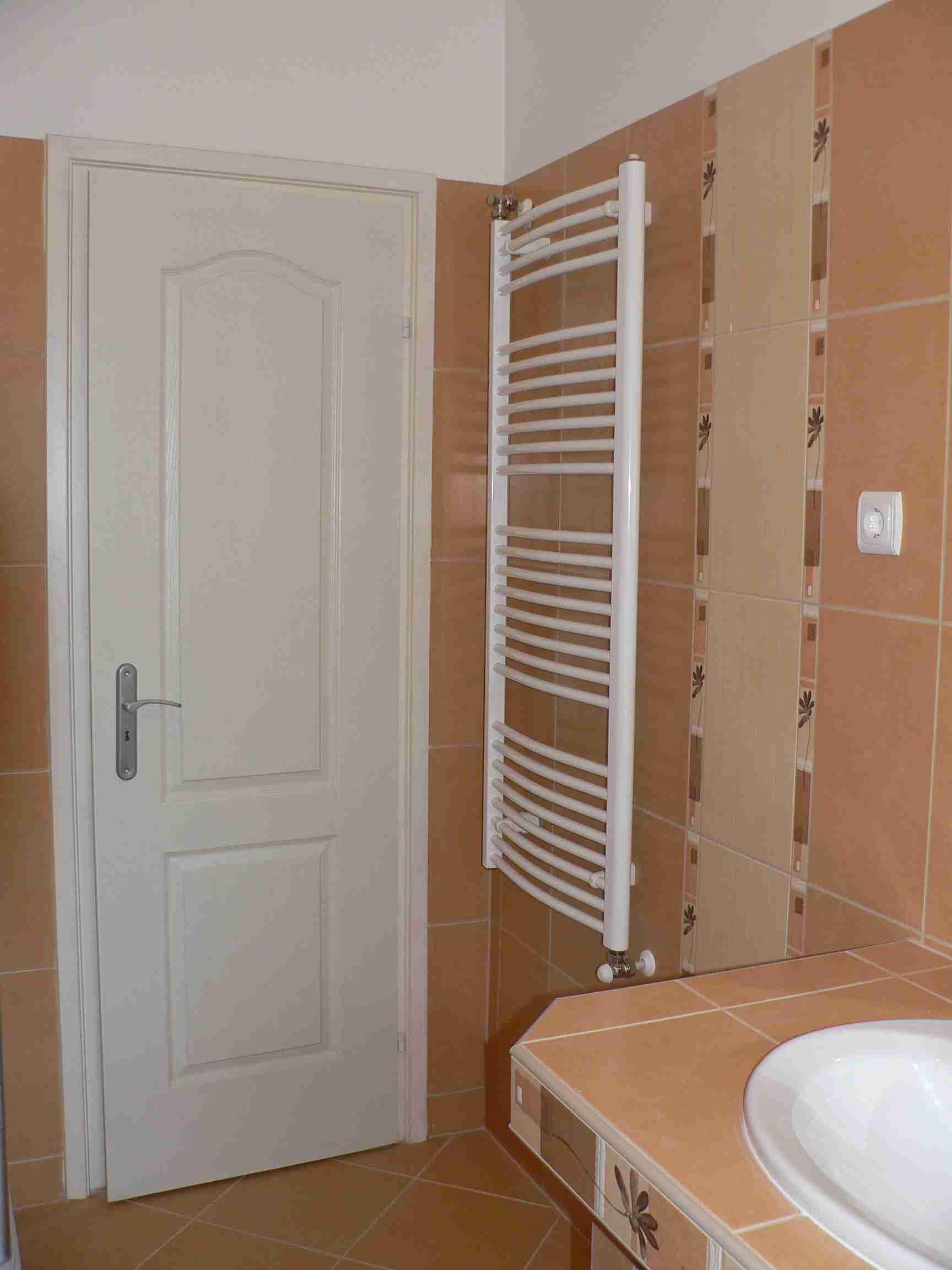 Megvalósult Álom: Egy kényelmes kétszemélyes fürdőszoba - Fürdőszoba Titkok