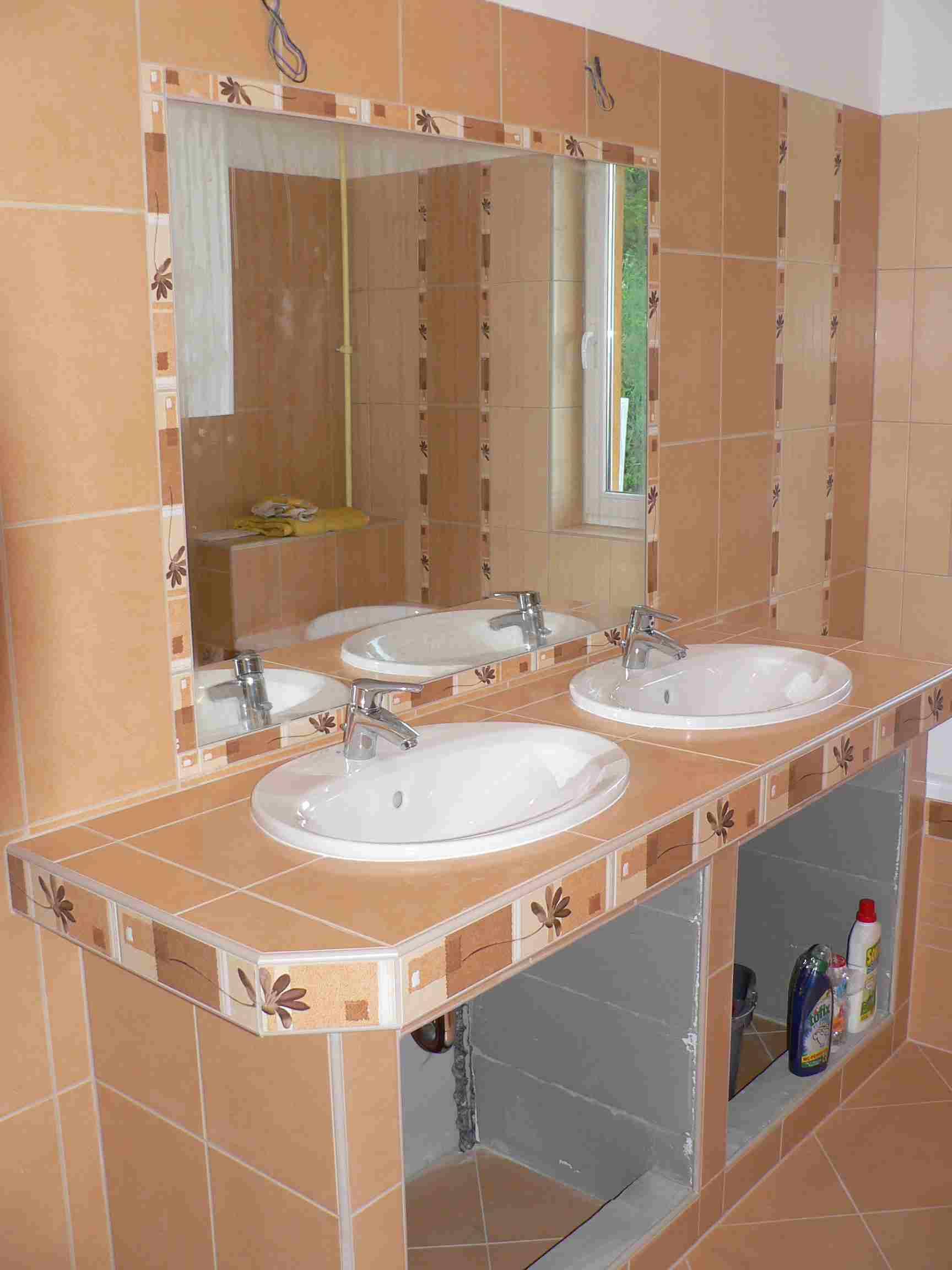 Megvalósult Álom: Egy kényelmes kétszemélyes fürdőszoba ...